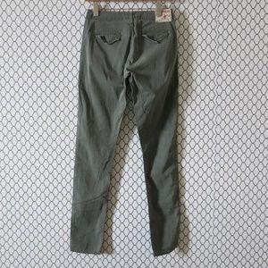 True Religion Flap Pocket Soft Denim Jeans Size 25